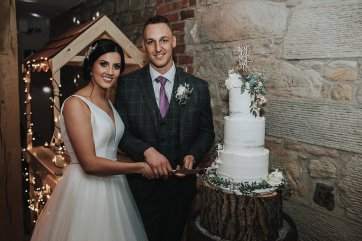 A Rustic Wedding at Doxford Barns (c) Chocolate Chip Photography (51)