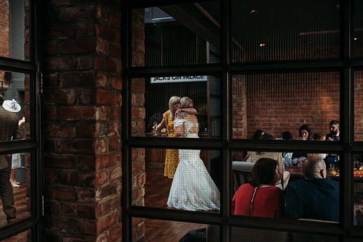A Cool Wedding at Wylam Brewery (c) Fiona Saxton (26)