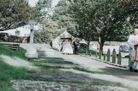 A Relaxed Beach Wedding in North Wales (c) Bobtale Photography (24)