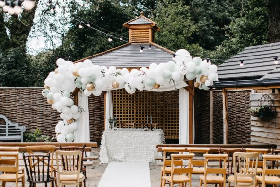 A Summer Styled Shoot at Whinstone View (c) Natalie Pluck (34)
