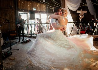 A Rustic Wedding in Scarborough (c) Andy Withey Photography (74)