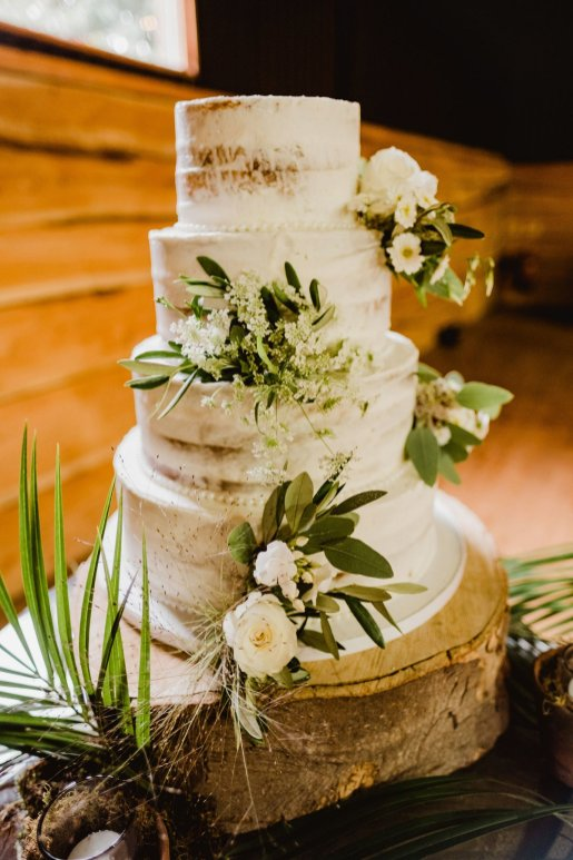 A Summer Barn Wedding at Stock Farm (c) Kate McCarthy (13)