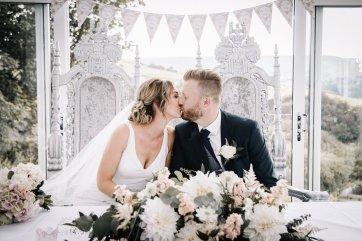 A Pretty Wedding at Holmfirth Vineyard (c) Glix Photography (28)