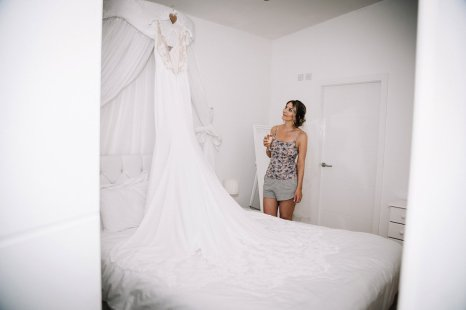 A Pretty Wedding at Holmfirth Vineyard (c) Glix Photography (3)