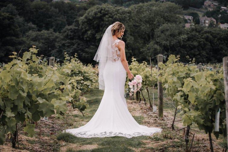 A Pretty Wedding at Holmfirth Vineyard (c) Glix Photography (34)