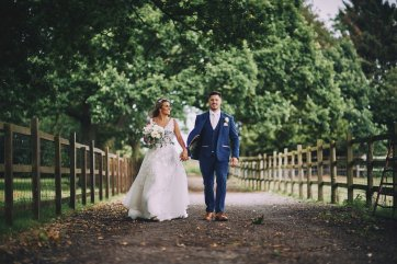 A Rustic Summer Wedding at Villa Farm (c) Bethany Clarke (71)