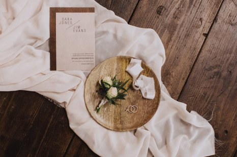 A Rustic Styled Shoot at Ystrad Farm (c) Fox & Bear Photography (10)