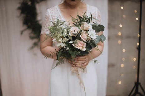 A Rustic Styled Shoot at Ystrad Farm (c) Fox & Bear Photography (14)