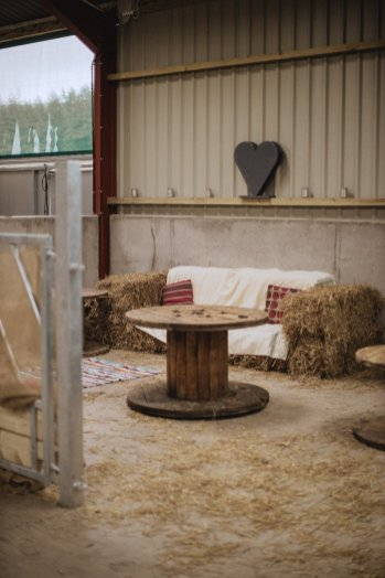 A Rustic Styled Shoot at Ystrad Farm (c) Fox & Bear Photography (4)