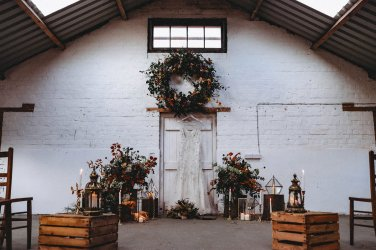 A Styled Shoot at White Sykes Fields (c) Charlotte Nelson Photography (25)