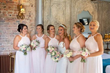 A Pretty Pink Wedding at Le Petit Chateau (c) Focal Point (87)