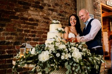 A Rustic Wedding at Barmbyfield Barns (c) Hayley Baxter Photography (82)