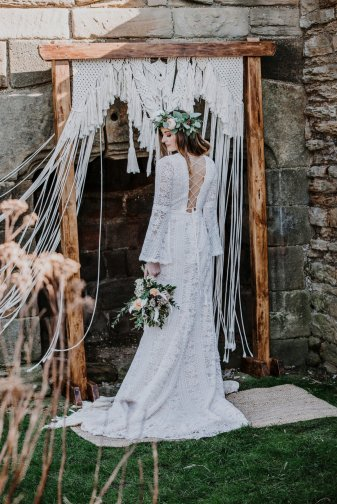 A Boho Styled Shoot at Sheffield Manor (c) Alicia Eden Photography (14)