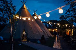 A Colourful Wedding at Wildwood & Eden (c) Miss Whittingtons Photography (100)