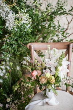 A Romantic Bridal Shoot at Ilkley Manor House (c) Jane Beadnell Photography (28)