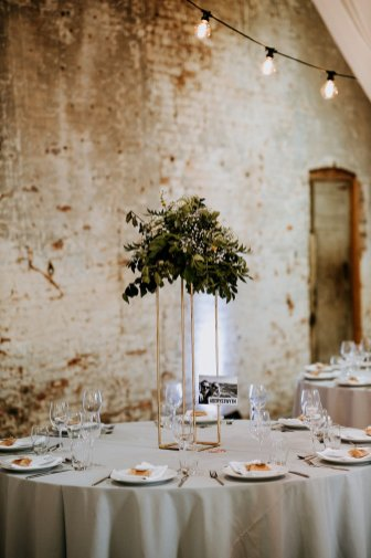 A Rustic Wedding at Calke Abbey (c) Peter Hugo Photography (13)