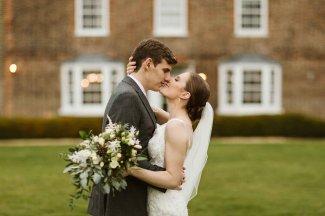A Winter Wedding at Hornington Manor (c) Freya Raby (22)
