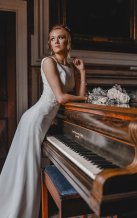 A ballet inspired bridal shoot at Leadenham Estate (c) Kyle Baxter Photography (26)