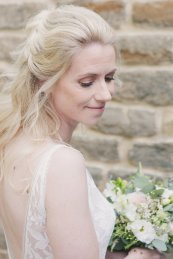 A Rustic Wedding at East Riddlesden Hall (c) Lissa Alexandra Photography (22)