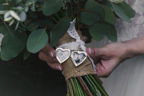 A Rustic Wedding at East Riddlesden Hall (c) Lissa Alexandra Photography (24)