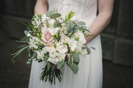 A Rustic Wedding at East Riddlesden Hall (c) Lissa Alexandra Photography (53)