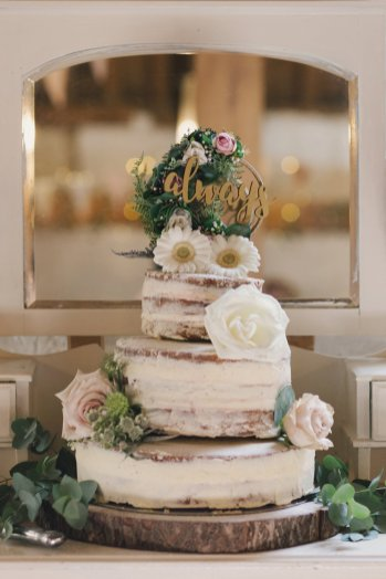 A Rustic Wedding at East Riddlesden Hall (c) Lissa Alexandra Photography (64)