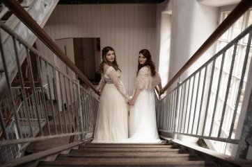 An eco-friendly wedding shoot at Gibson Mill Charlotte Nelson Photography & Louise Pollitt Photography(9)