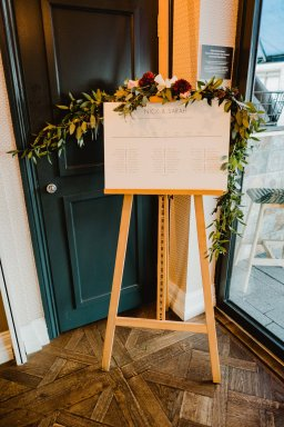 A Chic City Wedding at King Street Townhouse (c) Kate McCarthy (1)