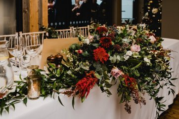 A Chic City Wedding at King Street Townhouse (c) Kate McCarthy (54)