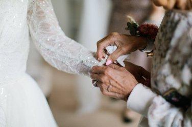 A Stylish Wedding at Lartington Hall (c) Melissa Beattie (18)