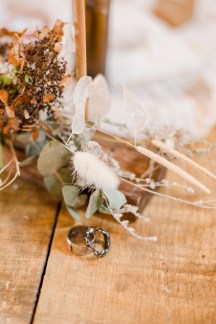 A Styled Wedding Shoot at Lough House Farm (c) Joss Guest Photography (19)