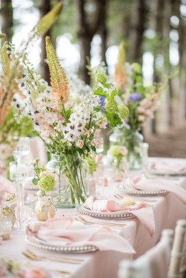 A Sorbet Styled Wedding Shoot at Bunny Hill Weddings (c) Jane Beadnell Photography (22)