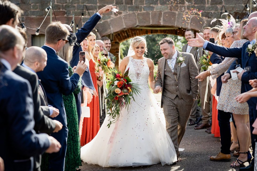 A Rustic Wedding at The Ashes (c) Charlotte Palazzo Photography (46)