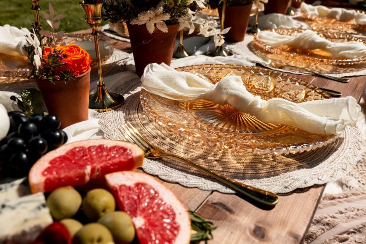 A Styled Wedding Feast at Leadenham House (c) TTS Media (13)