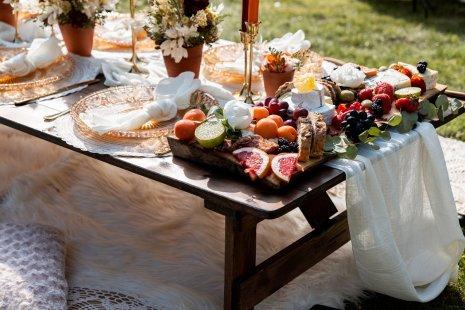A Styled Wedding Feast at Leadenham House (c) TTS Media (26)