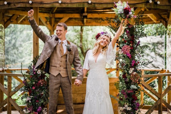 A Styled Woodland Wedding Shoot at Hazlewood Castle (c) Anna Beth Photography (37)