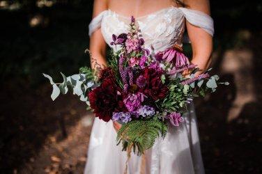 A Styled Woodland Wedding Shoot at Hazlewood Castle (c) Anna Beth Photography (9)