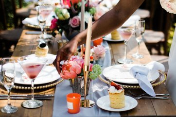 Living Coral Styled Wedding Shoot (c) Anna Beth Photography (17)