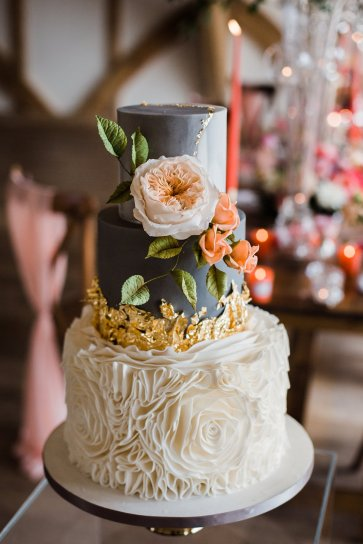 Living Coral Styled Wedding Shoot (c) Anna Beth Photography (27)