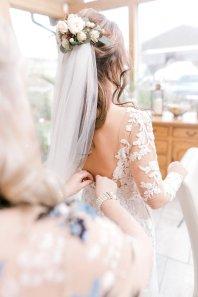 Pronovias Wedding Dress for a Winter Wedding at Mitton Hall (c) Kieran Bellis Photography for Brides Up North (18)