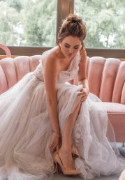 A Blush Wedding Styled Shoot at Bunny Hill Weddings (c) Littles & Loves By Francesca (26)