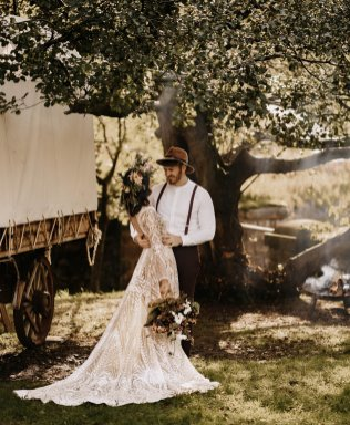 A Boho Autumn Wedding Shoot at Ponden Mill (c) Mark Bamforth Photography (29)