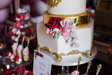 A Pretty Pink Wedding Styled Shoot at Saltmarshe Hall (c) Anna Beth Photos (25)