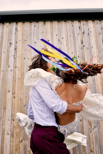 A Colourful Festival Wedding Shoot at The Wellbeing Farm (c) Jules Fortune Photography (28)