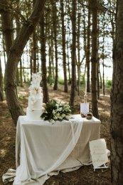 A Safari Inspired Wedding Shoot at Bunny Hill (c) Kayleigh Ann Photography (11)