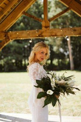 A Safari Inspired Wedding Shoot at Bunny Hill (c) Kayleigh Ann Photography (14)