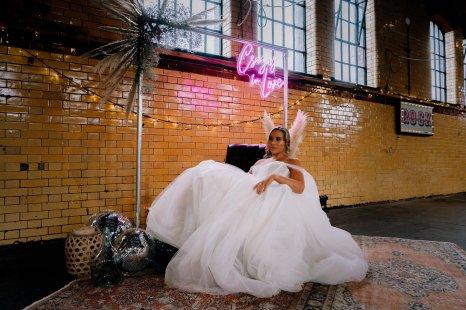 An Urban Wedding Styled Shoot at Kelham Island Museum (c) Veil & Gun Photography (10)