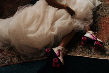 An Urban Wedding Styled Shoot at Kelham Island Museum (c) Veil & Gun Photography (15)