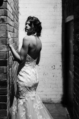 An Urban Wedding Styled Shoot at Kelham Island Museum (c) Veil & Gun Photography (25)