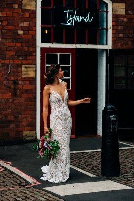 An Urban Wedding Styled Shoot at Kelham Island Museum (c) Veil & Gun Photography (40)